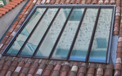 Cinquin toiture couverture zinguerie v lux mornant rh ne for Fenetre toiture
